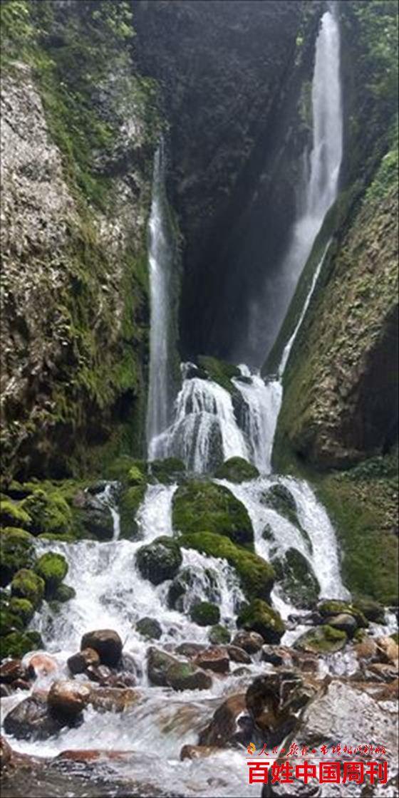 佰锶山泉,地心深处寒冰洞喷出的天然苏打水