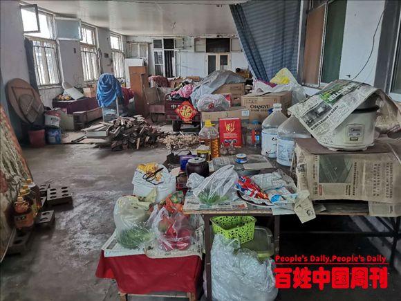 山东烟台莱山:爷孙三人贫寒渡日,雷锋团队伸出援手
